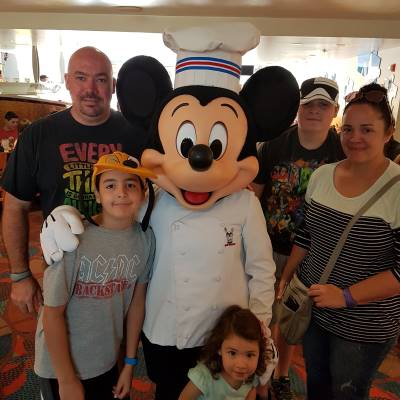 Meeting the chef at Chef Mickey's!