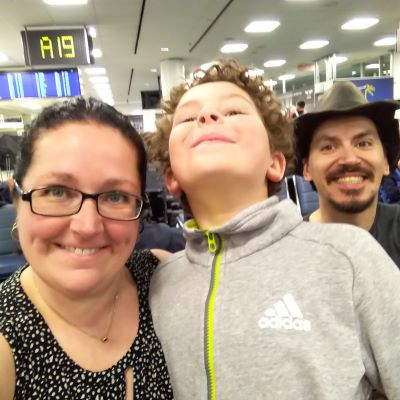 Family pics at the airport!