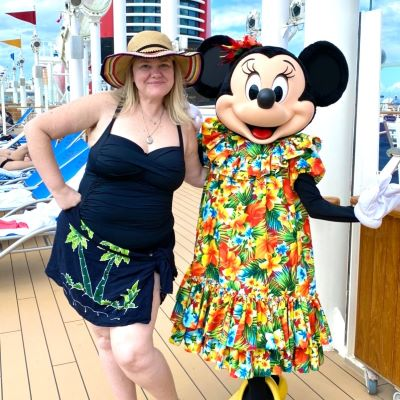 Saying 'Cheese' with Minnie Mouse on Disney Cruise Line