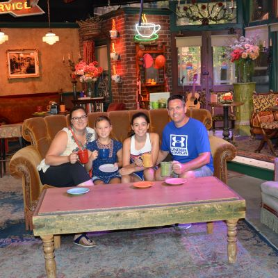 Visited the Central Perk on the Warner Bros Studio Tour in Hollywood.