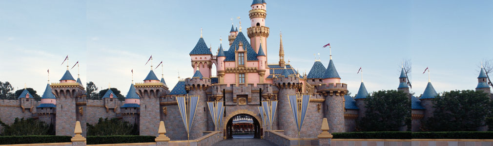Sleeping Beauty's Castle at Disneyland©